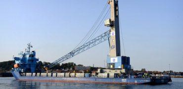 Ny havnekran, Kalundborg Havn. Billedet er frikøbt til pressebrug. Fotograf Jens Nielsen tlf. 40 45 47 46